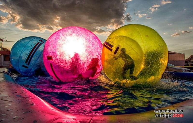 01-Aquaballs