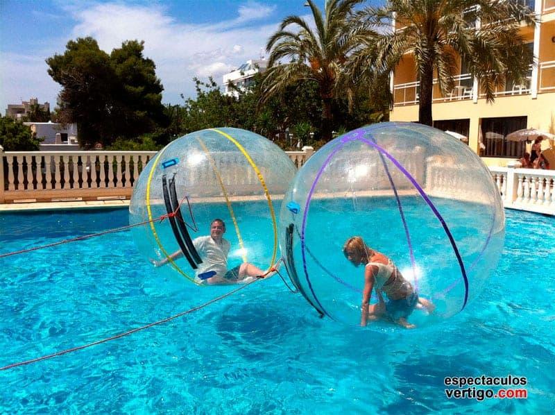 02-Aquaballs