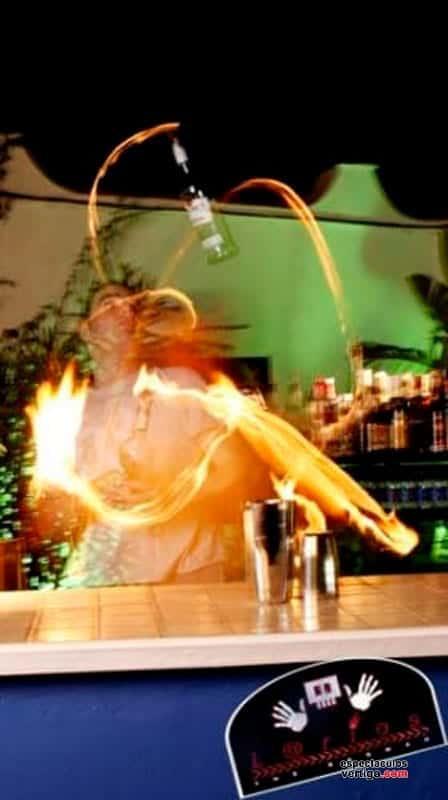 03-Barman-Acrobatico